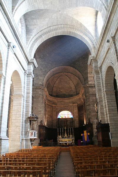 Pézenas (Hérault) - Nef de l'église Saint-Jean.