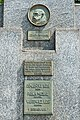 Piłsudski pomnik Wawer 2.jpg