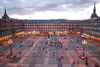 Plaza Mayor, built in the 16th century Plaza Mayor de Madrid 06.jpg