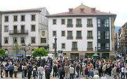 Plaza de Unamuno, en su barrio natal, durante el homenaje anual que le rinde el Ayuntamiento de Bilbao