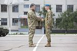 Poroshenko and soldier.jpg