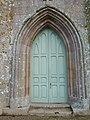 Portail ouest de l'église Saint-Ignace (Jugon-les-Lacs).jpg