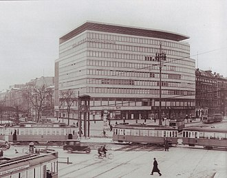 Columbushaus - The Columbushaus in 1933, one year after its completion