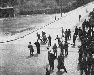 Poznań 1956 protests - Poznań 1956, Kochanowskiego Street; transporting one of the victims