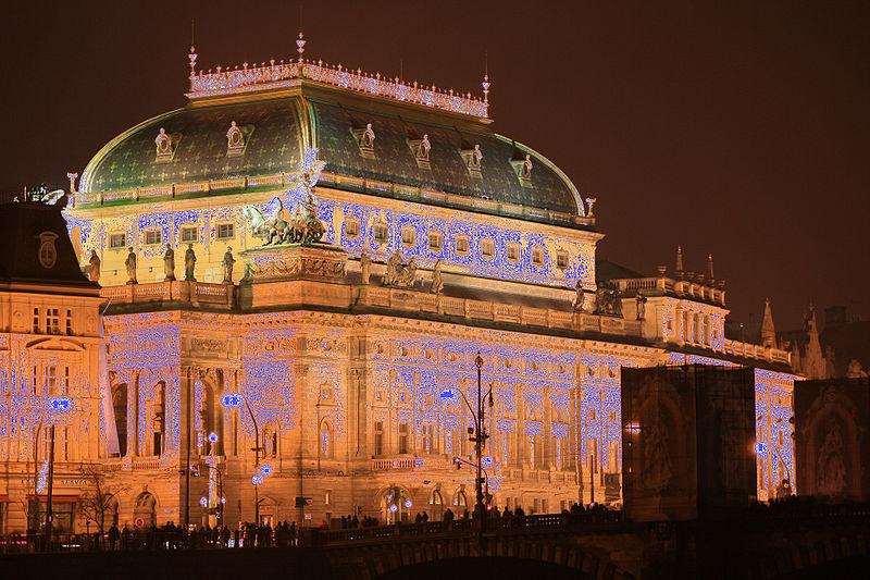 File:Praha 2010-01-01 00 (R 254 255 mask).jpg