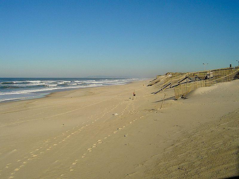 Image:Praia de Pedrógão.jpg