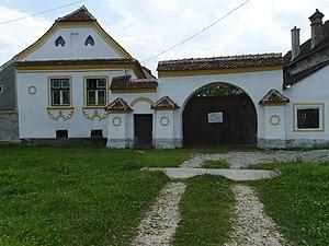 Prejmer - Image: Prejmer habitation medievale en cours de restauration