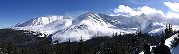 Panorama of Tatry mountains just before reachi...