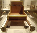 QueenHetepheres CarryingChair-FuneraryFurniture MuseumOfFineArtsBoston.png