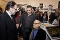 Quino visitó el pabellón argentino en el Salón del libro de París 2014 (13352634823).jpg
