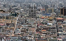 Quito as from panecillo Basilica
