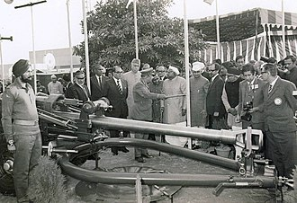 Defence Research and Development Organisation - 105 mm light field gun prototype being shown by Gen Jetley to then Defence Minister Jagjivan Ram.