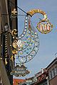 Ravensburg Marktstraße Wirtshausschild Drei Könige (10410722673).jpg