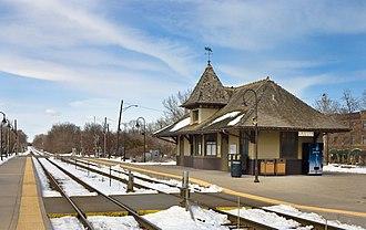 Ravinia station - Image: Ravinia Metra 080323