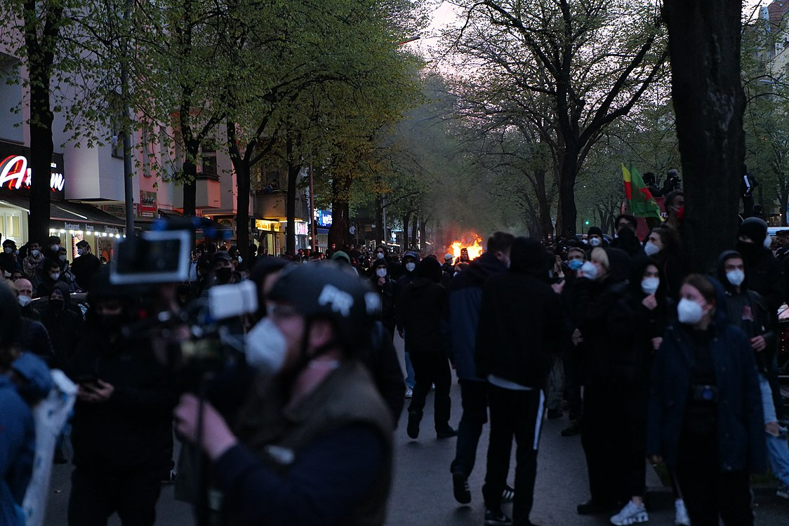 Revolutionary 1st may demonstration Berlin 2021 135.jpg