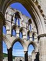 Rievaulx Abbey 20060728 010.jpg