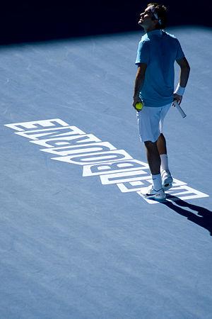 Australian Open 2012 (Melbourne) 16 - 29 Enero  300px-Roger_Federer_at_the_2010_Australian_Open_04