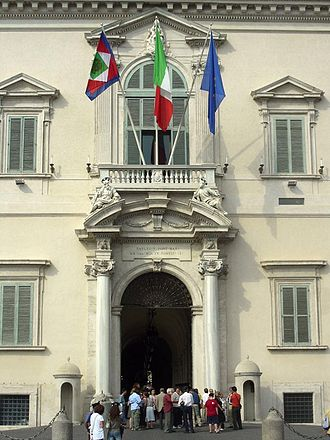 Quirinal Palace - The main entrance with Bernini's balcony and portal