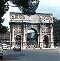 Rome - Arch of Constantine (2921288355).jpg