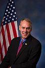 Ryan Zinke official congressional photo.jpg