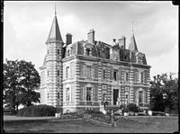 Saint-Éman Château Eure-et-Loir France.jpg