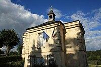 Saint-Lambert-des-Bois Town hall 1.jpg