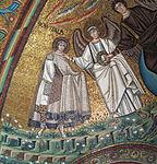San vitale, ravenna, int., presbiterio, mosaici del catino con redentoretra arcangeli, s. vitale ed ecclesio, 02 san vitale.JPG
