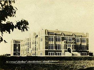 Saskatoon Teachers' College - Image: Saskatoon Normal School c 1930