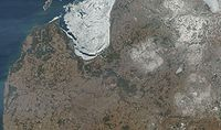 Satellite image of Latvia in March 2003.jpg