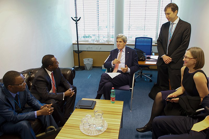 File:Secretary Kerry Meets With Senegal Minister of Environment Balde and Rwanda Minister of Natural Resources Biruta in Vienna (28188583440).jpg