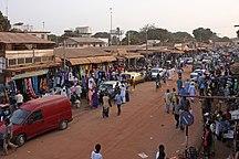 Gambia-Ekonomi och samfärdsel-Fil:Serekunda market
