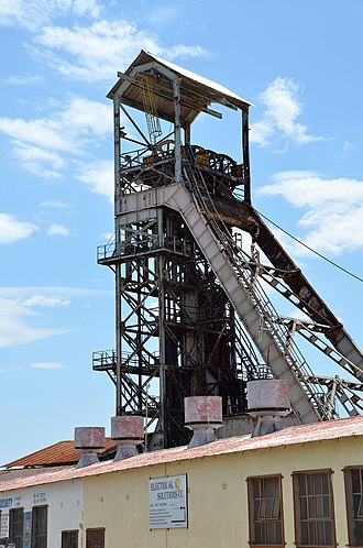 Tsumeb - Shaft tower of disused mine in Tsumeb (2014)