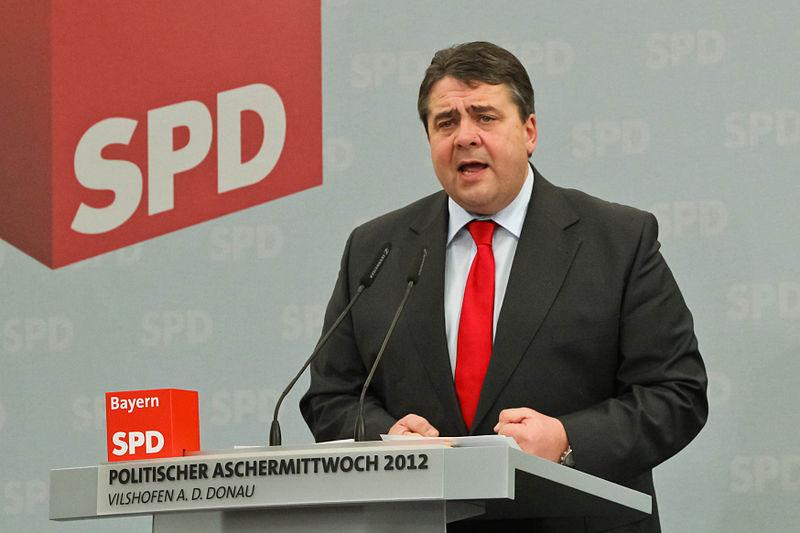 File:Sigmar Gabriel 2012 Politischer Aschermittwoch SPD Vilshofen 5.jpg