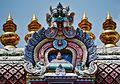 Singapore Tempel Sri Mariammam Gopuram 6.jpg