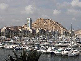 Alicante / Alacant: le port et le Château de Santa Bárbara