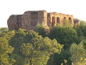 Sochaczew - ruiny zamku (fot. Wikipedia, autor: Soheaux)