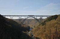 Solingen -- Müngstener Brücke (10403938084).jpg