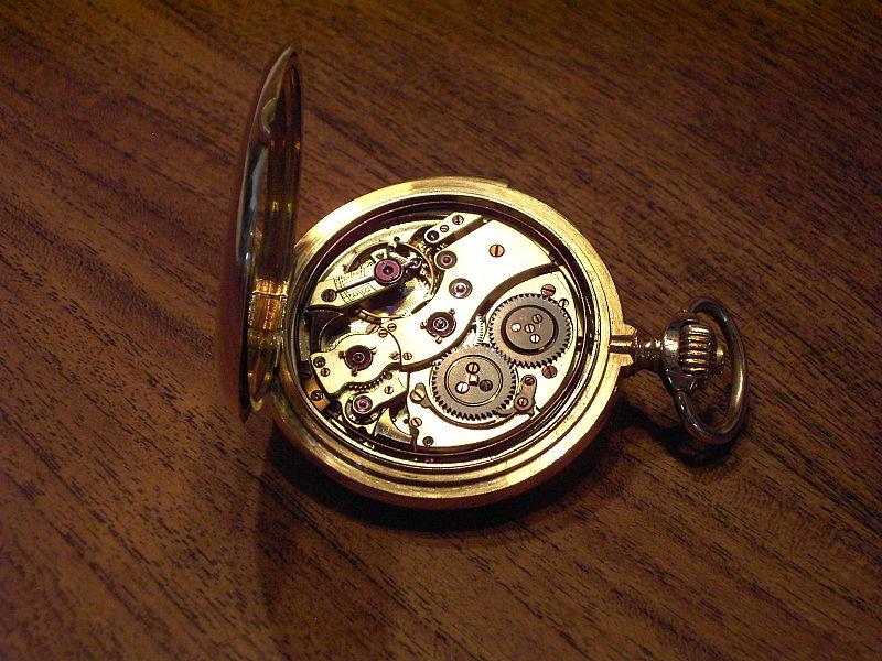 File:Spring-cover pocket clock3 clockwork2.jpg