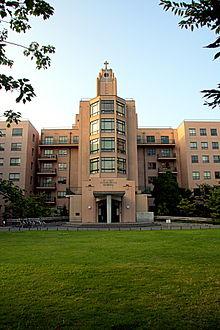 St. Luke's International Hospital - Wikipedia