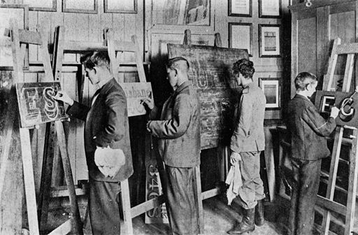 StateLibQld 1 102016 Interior of Brisbane Technical College Signwriting class, ca. 1900