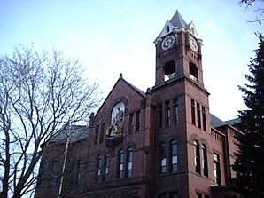 SteeleCountyCourthouse2006OwatonnaMN.JPG