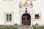 Steindorf am Ossiacher See Tiffen 30 Gschlosser Hube ehem Schloss Portal 20042016 1664.jpg