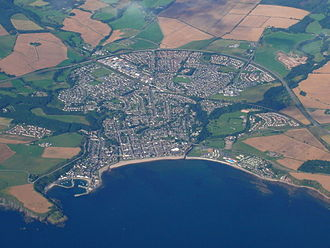 Stonehaven - Stonehaven from the air