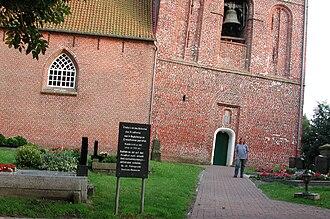 Leaning Tower of Suurhusen - Image: Suurhusen Church, East Frisia, Germany. Pic 03