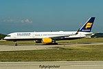 TF-ISZ Boeing 757-223 (W) B752 - ICE (29890143242).jpg