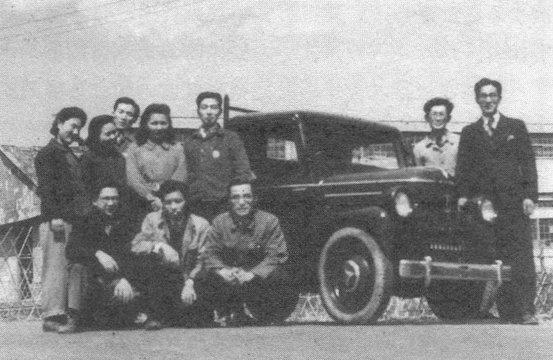 Archivo:Tama Electric Truck EOT-47 in 1947.jpg