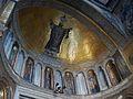 Timpà de la porta principal de la basílica de sant Marc amb representació del sant.JPG