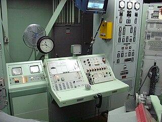 burroughs Википедия  аппаратура наведения и другие элементы наземного электронного оборудования баллистических ракет На снимке контрольно пусковой блок МБР Титан