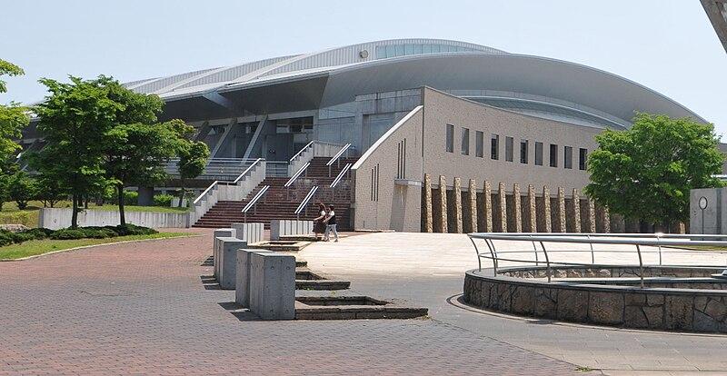 File:Tomakomai Hakucho Arena.jpg