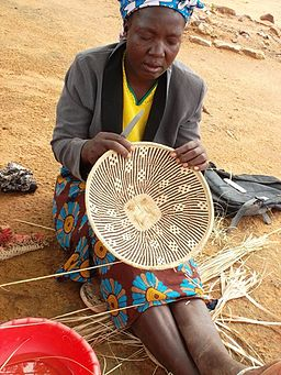 Tonga wall baskets producer from Zimbabwe